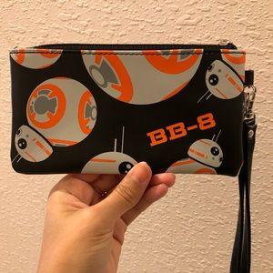 NWOT Rare Exclusive Star Wars BB-8 Wristlet